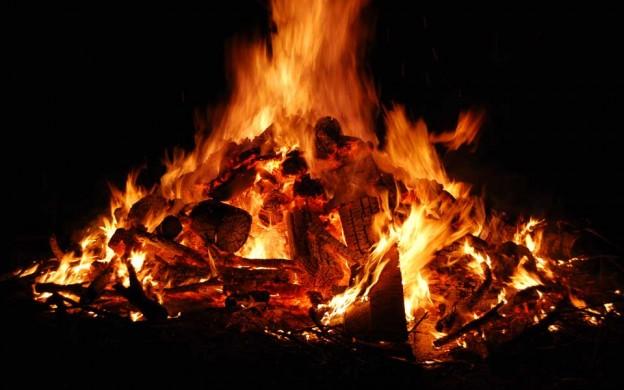 +18 - O ritual de passagem SOBfuneral-pyre-624x390