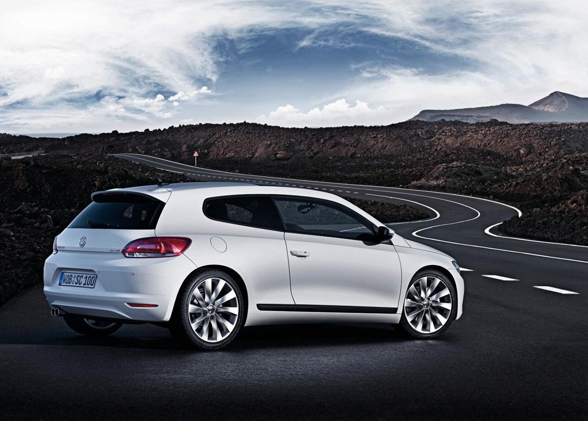 Peugeot RCZ vs VW Scirocco Volkswagen-scirocco41