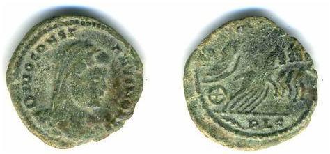 AE4 postumo de Constantino I. Cuadriga. Lyon _lyons_RIC_VIII_012v