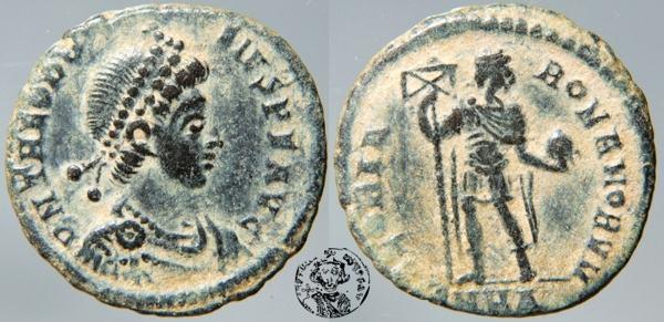 AE2 de Teodosio I. GLORIA ROMANORVM. _heraclea_RIC_027a