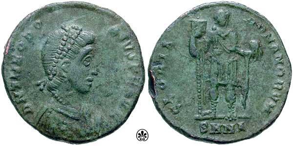 AE2 de Teodosio I. GLORIA ROMANORVM. _nicomedia_RIC_046a