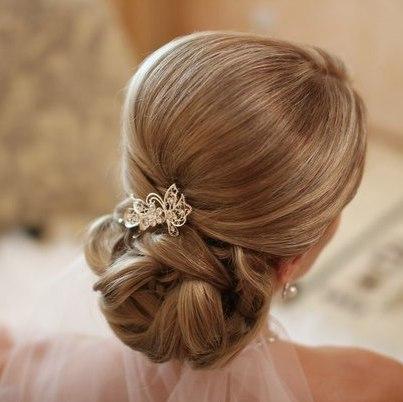 Почему мужчине благоприятно расчёсывать волосы жене Svadebnye_grebeshki_dlya_volos_16