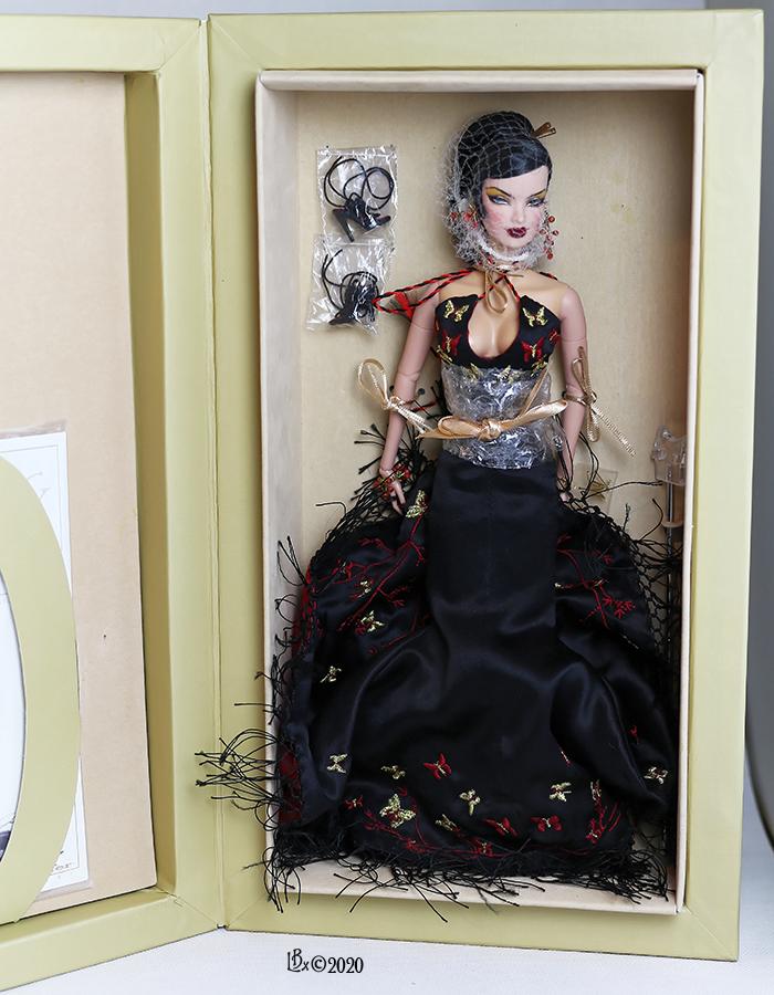 [AV] Tonner, Mattel, MOMOKO, Fashion Royalty SOLDES VeroniqueRCBox