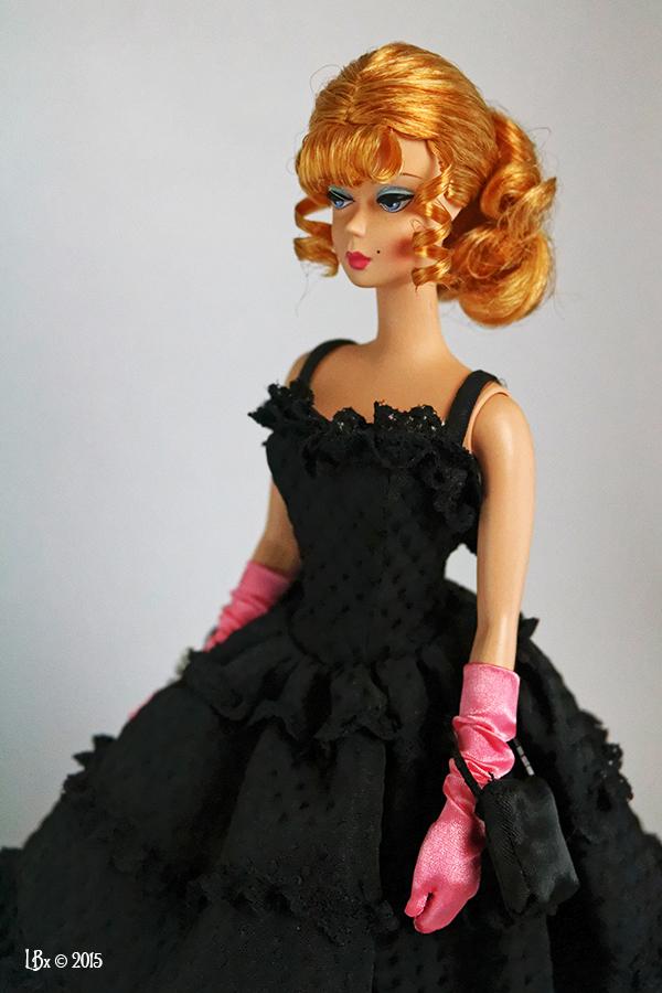 [AV] Tonner, Mattel, MOMOKO, Fashion Royalty SOLDES PSK_TheWaitressCloseUp