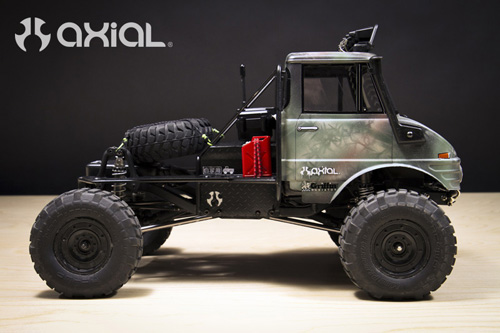 [AXIAL SCX10] Projet Unimog 406 Img_0371