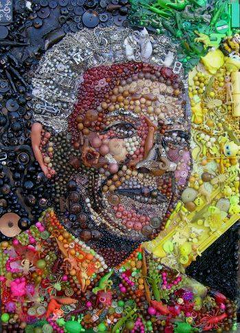 Nelson Mandela exhibition in London, England Nelson-Mandela-buttona-art