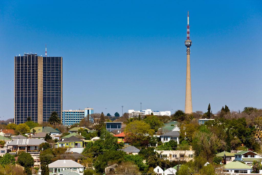 Las construcciones más altas del mundo de ayer y hoy Sentechtower_03