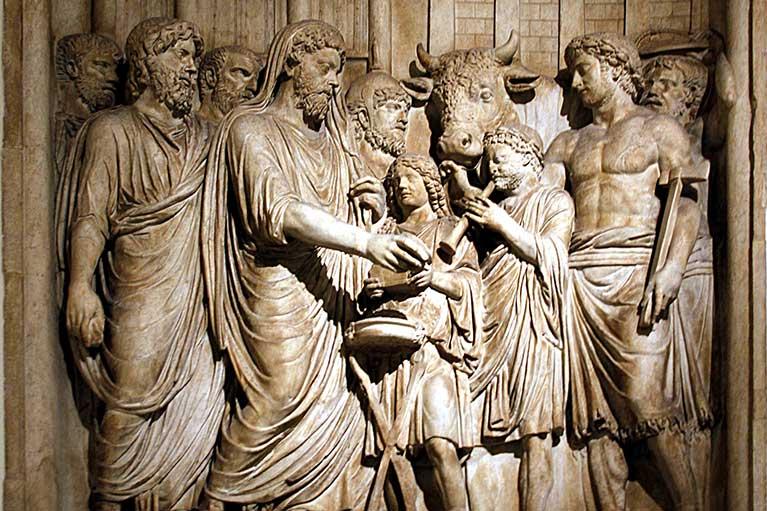Имперский Культ On-Conservative-Christians-Sudden-Devotion-to-Imperial-Cult