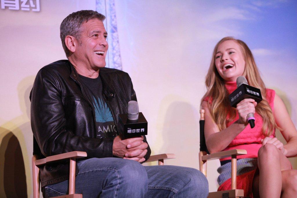 George Clooney in Shanghai Tomorrowland Premier 22. May 2015 61e75fb8gw1esd77qsvjtj21kw11xtii