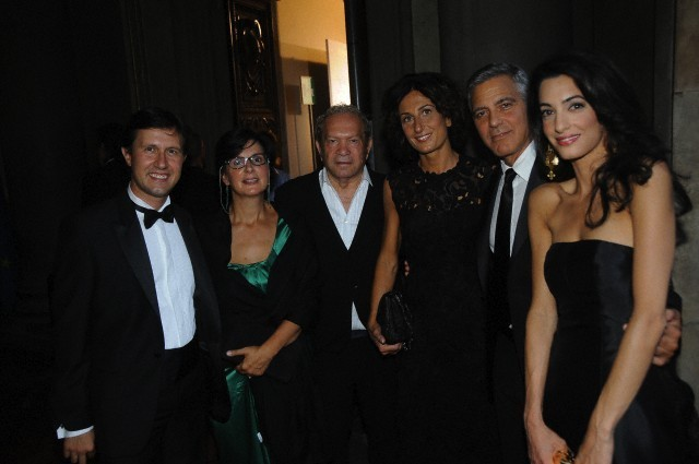 George Clooney and Amal to visit the Celebrity Fight Night Foundation in Florence - Page 6 693f7a02gw1ekeodpozpxj20hs0btq40