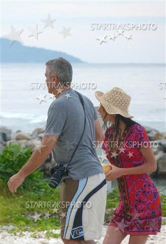 George Clooney and Amal on vacation in Tanzania and Seychelles - New Pics - Page 3 693f7a02jw1eem4mzuxwzj20960di3zm