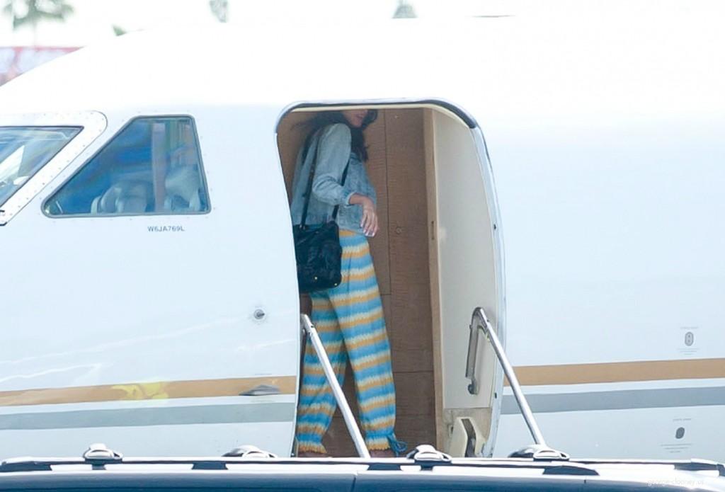 George Clooney and Amal leaving LA 693f7a02jw1eg01xk9bt1j215n0sajvv