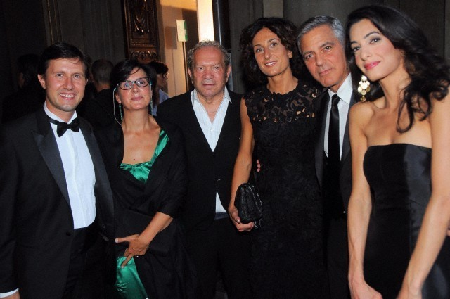 George Clooney and Amal to visit the Celebrity Fight Night Foundation in Florence - Page 6 693f7a02jw1eker3kgt71j20hs0btgn4