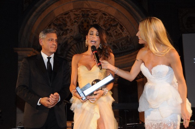 George Clooney and Amal to visit the Celebrity Fight Night Foundation in Florence - Page 6 693f7a02jw1eker3lbf1gj20hs0btmyn