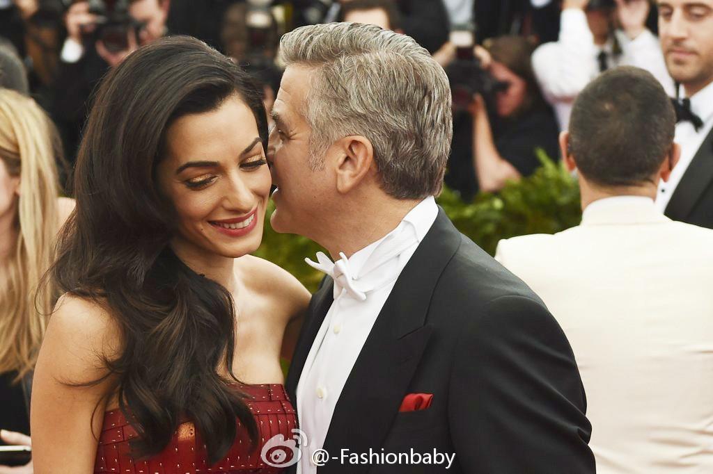 George Clooney at the Met Gala 4th May 2015 - Page 2 69402d88jw1ert5klb3slj20sg0iydjk