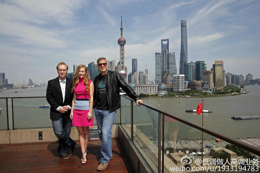 George Clooney in Shanghai Tomorrowland Premier 22. May 2015 733a361fgw1esd3lzu1n7j21kw11xws2