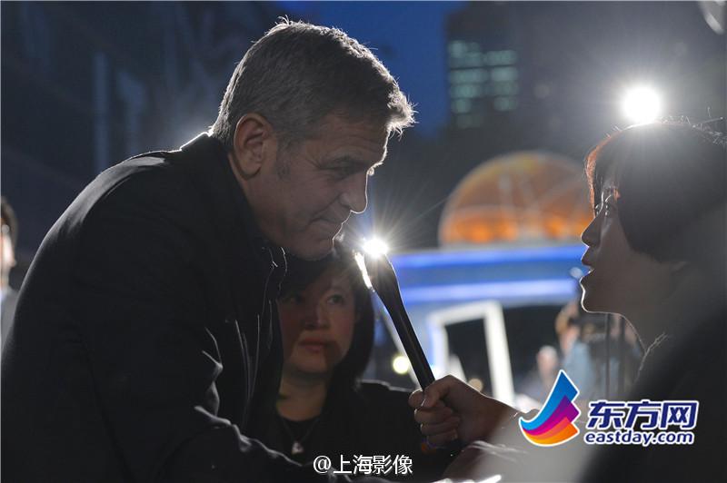 George Clooney in Shanghai Tomorrowland Premier 22. May 2015 933faa5fjw1esdxzw0ljsj20m80estay
