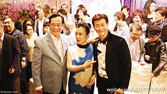 [02/04/2014] Lễ họp mặt EYT (Hoan Lạc Kim Tiêu) 63c3fa67gw1ef2bofzkv3j20i90a9gob