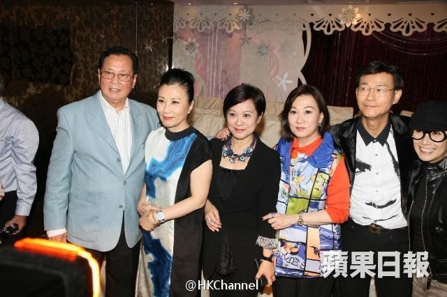[02/04/2014] Lễ họp mặt EYT (Hoan Lạc Kim Tiêu) 6482e5f1gw1ef1kbmxzewj20hs0buq63