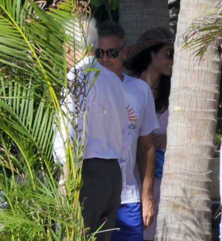 George Clooney in Mexico - Page 3 693f7a02gw1eemb6n6q1bj20ca0dcgne