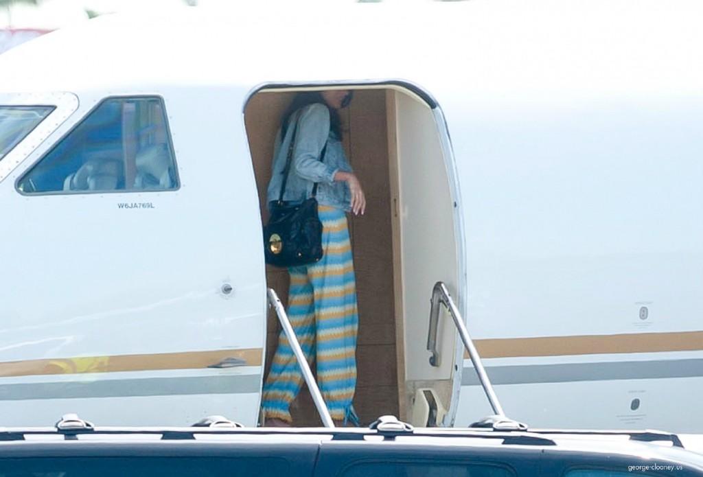 George Clooney and Amal leaving LA 693f7a02jw1eg01f7xwxrj215n0saq7f