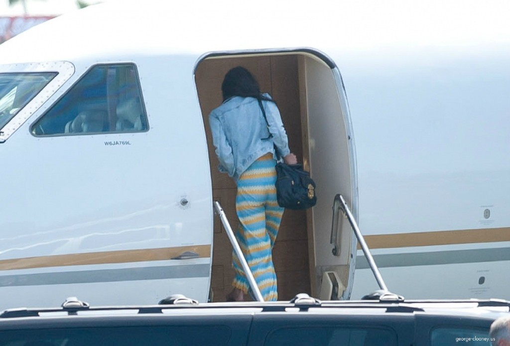 George Clooney and Amal leaving LA 693f7a02jw1eg027iyo6ij215n0sajw4