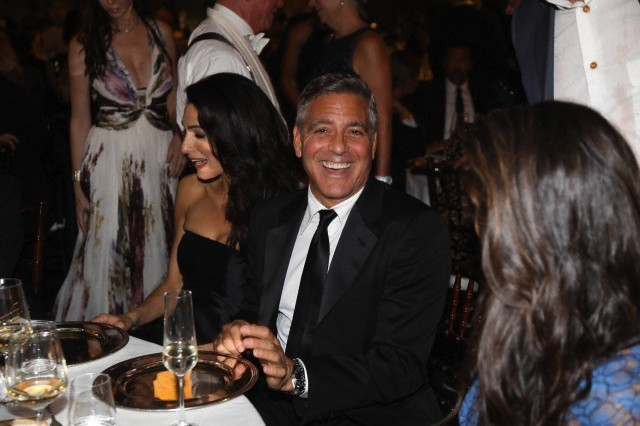 George Clooney and Amal to visit the Celebrity Fight Night Foundation in Florence - Page 6 693f7a02jw1ekeo15p3d8j20hs0bujsw
