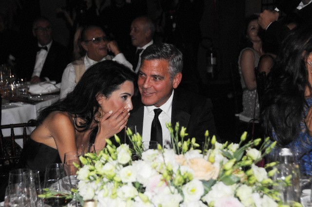 George Clooney and Amal to visit the Celebrity Fight Night Foundation in Florence - Page 6 693f7a02jw1ekeo16c1g0j20hs0btabq