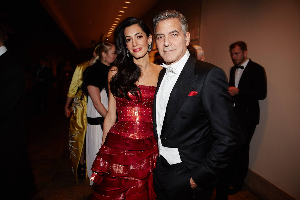George Clooney at the Met Gala 4th May 2015 - Page 3 693f7a02jw1eruc0z337gj219k0ud478