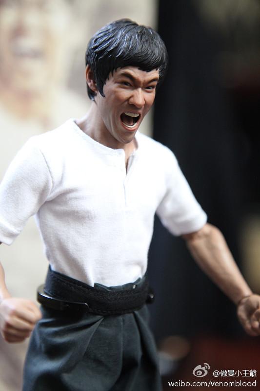 "[Enterbay] Bruce Lee  ""The Big Boss"" - 1/6 Real Masterpiece - Página 4 6f832f94gw1ebkjjg9gdvj20et0m8jta"