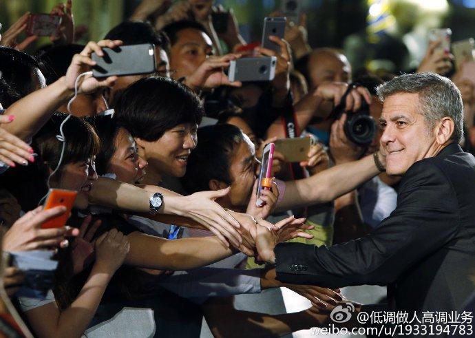 George Clooney in Shanghai Tomorrowland Premier 22. May 2015 733a361fgw1esdc54jnydj21kw14g13t