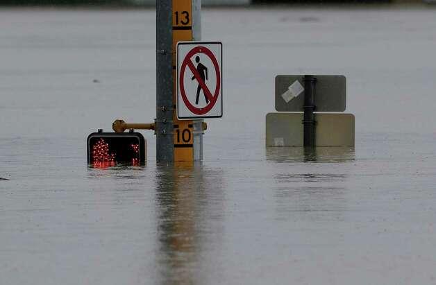 Considerazione sui fenomeni di alluvione che stanno avvenendo in tutto il mondo 628x471