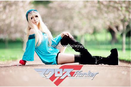 Hey guys~here's Hatsune Miku on Sunday (Auckgeddon) 68c2bb79gw1dmndml7a2yj