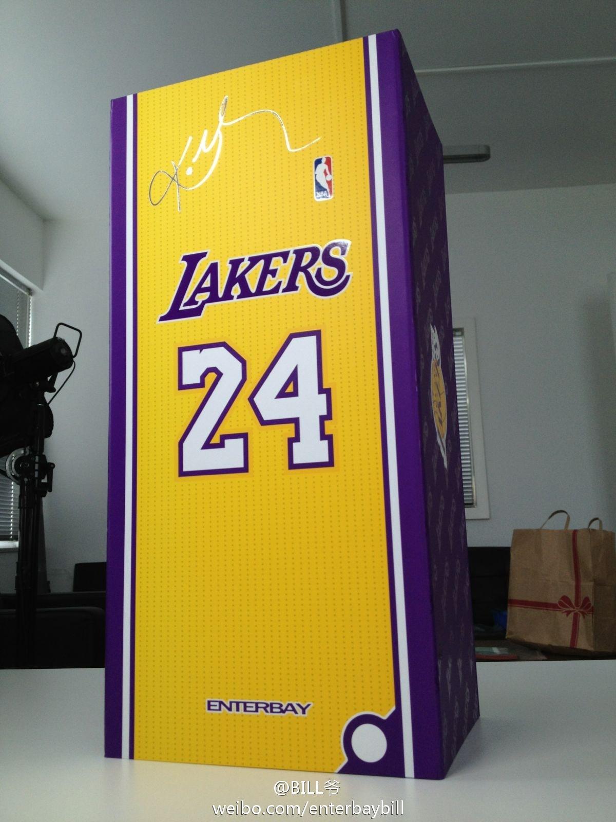 [ENTERBAY] NBA Real Masterpiece - Kobe Bryant!!! - Página 3 69464edejw1du6zujsvhcj