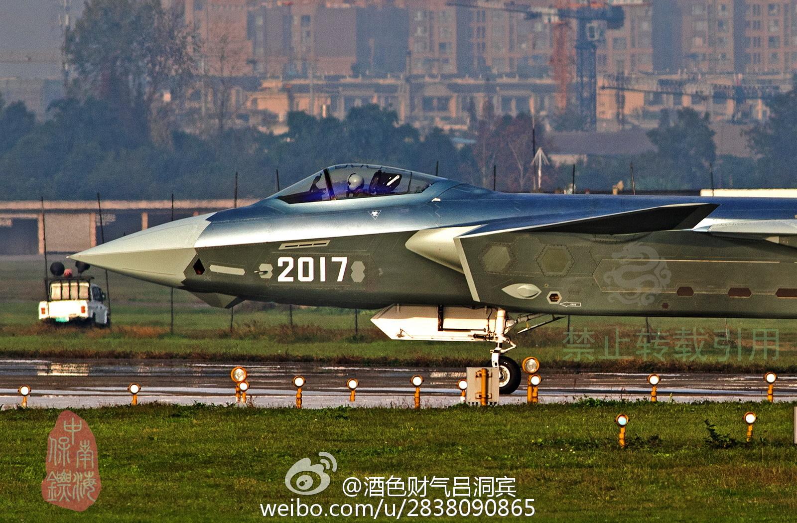 Shenyang J-31 Stealth Fighter - Page 3 A929d471gw1f0081eplq9j218g0t6k7w