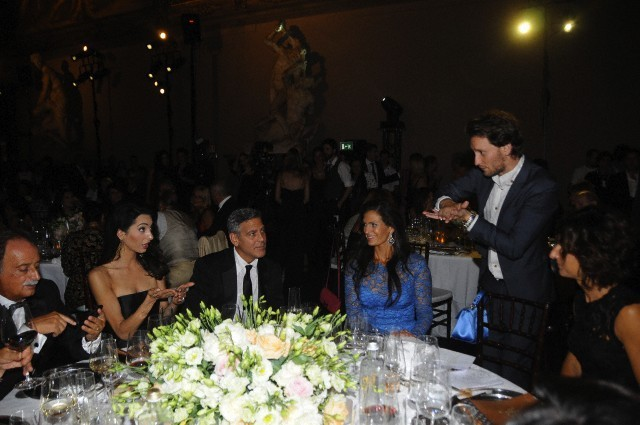 George Clooney and Amal to visit the Celebrity Fight Night Foundation in Florence - Page 6 693f7a02gw1ekerf0wg3uj20hs0bt75w