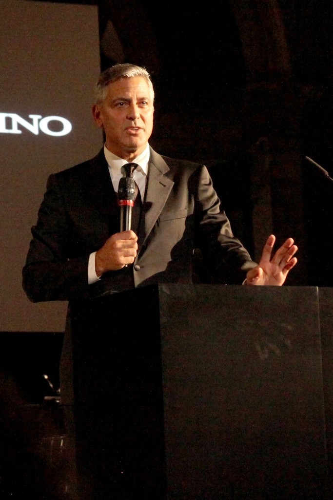 George Clooney and Amal to visit the Celebrity Fight Night Foundation in Florence - Page 6 693f7a02gw1ekerg2dahqj20iz0sgjus