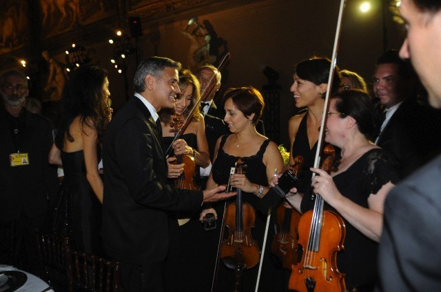 George Clooney and Amal to visit the Celebrity Fight Night Foundation in Florence - Page 6 693f7a02jw1ekeo17472qj20hs0btmym