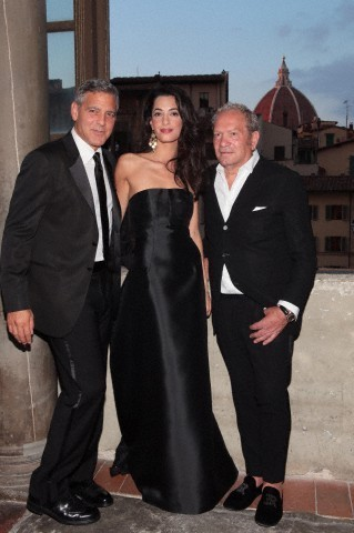 George Clooney and Amal to visit the Celebrity Fight Night Foundation in Florence - Page 6 693f7a02jw1eker3hwjrqj208v0dcq3q