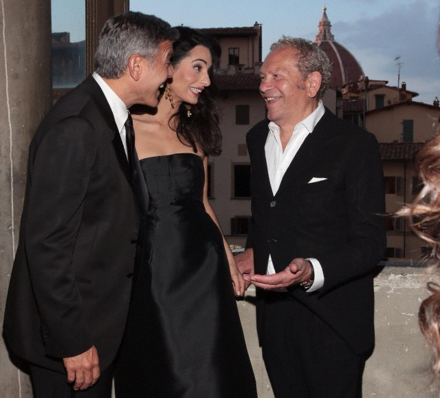 George Clooney and Amal to visit the Celebrity Fight Night Foundation in Florence - Page 6 693f7a02jw1eker3ik6ytj20hs0g3wga