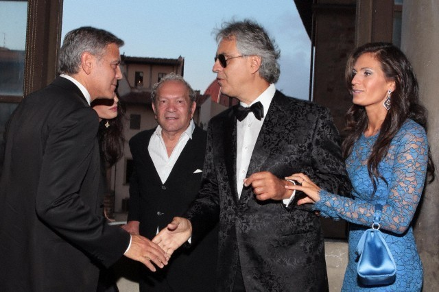 George Clooney and Amal to visit the Celebrity Fight Night Foundation in Florence - Page 6 693f7a02jw1eker3j7jg8j20hs0buwgb
