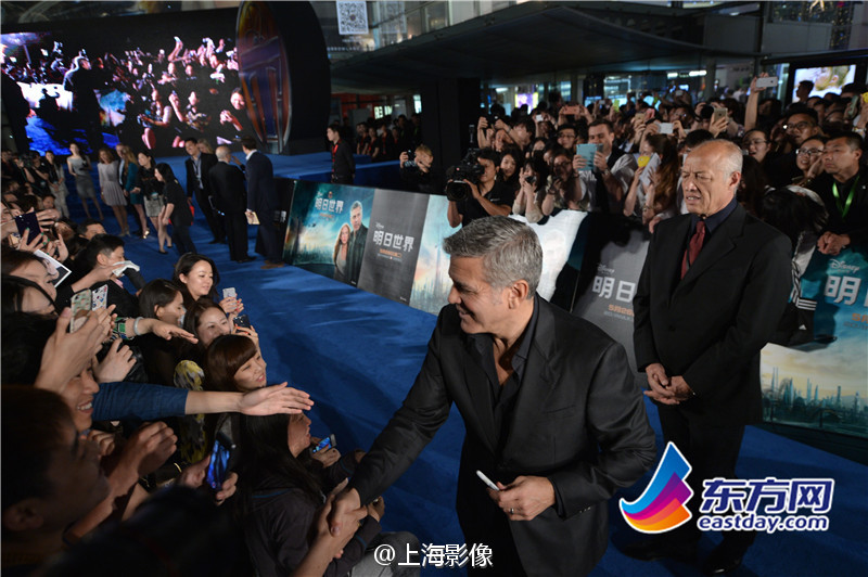 George Clooney in Shanghai Tomorrowland Premier 22. May 2015 933faa5fjw1esdwviy60gj20m80es0wm