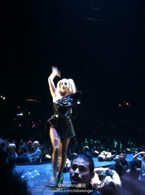 """Gira >> """"The Born This Way Ball Tour"""" [5]  - Página 45 66704423jw1dskagwu4hqj"""