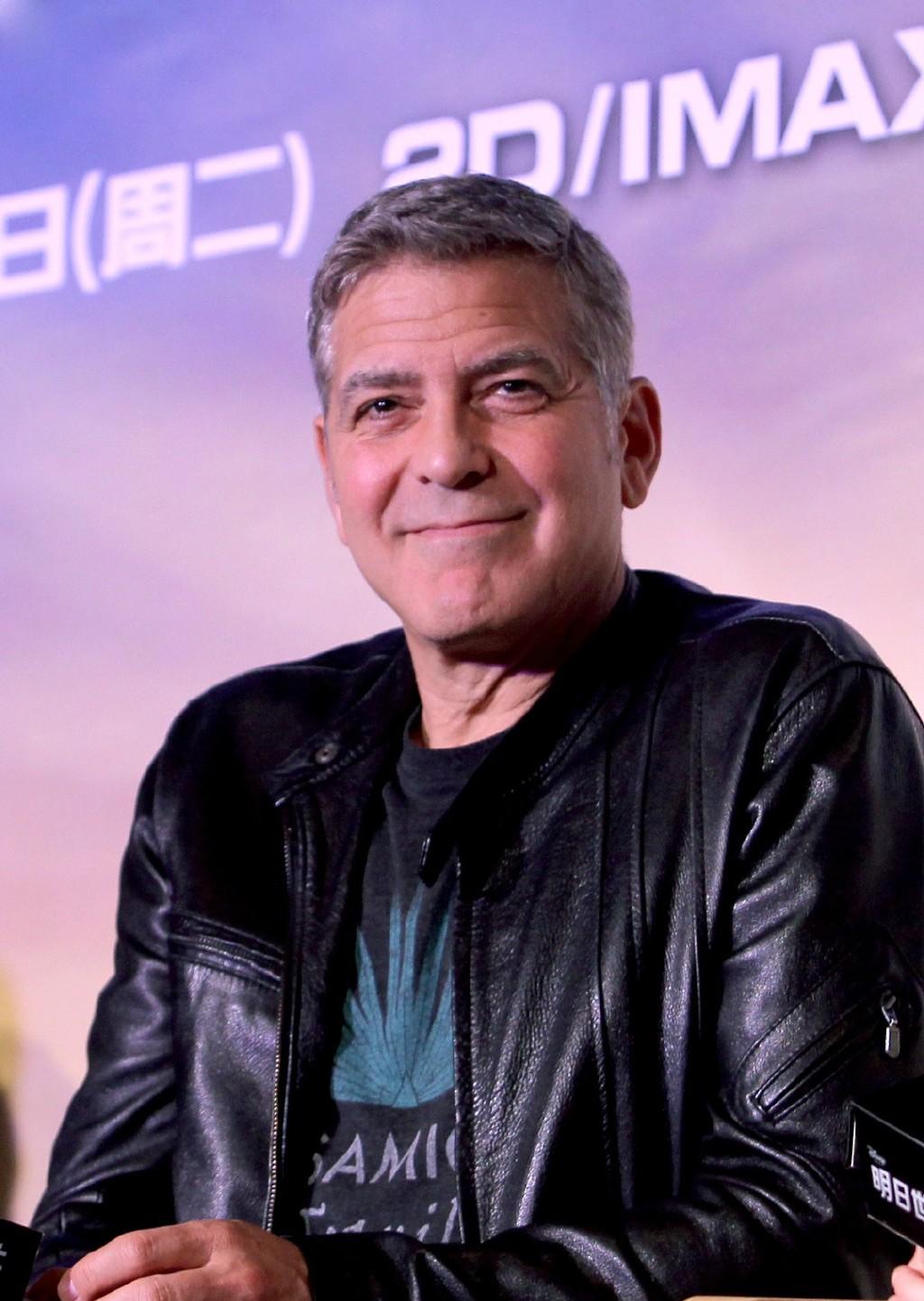 George Clooney in Shanghai Tomorrowland Premier 22. May 2015 61e75fb8gw1esd77vgmg7j20u116a46q