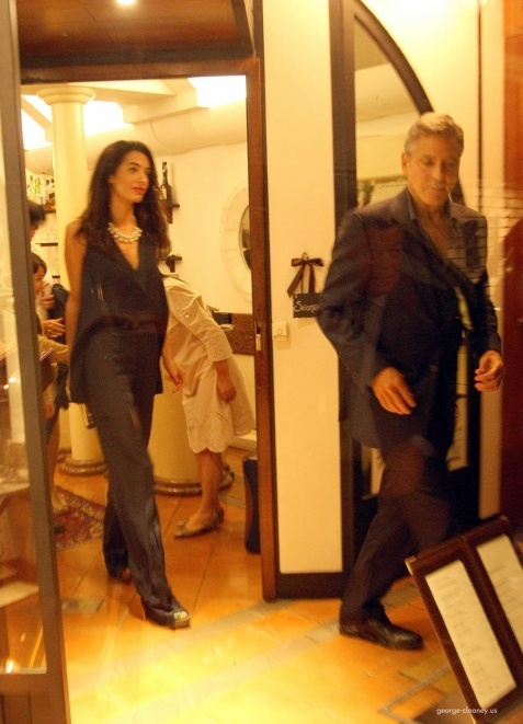 George Clooney & Fiancee Amal Alamuddin Make It a Family Night in Italy! - Page 2 693f7a02tw1ei29h6wha6j20d90idtbj