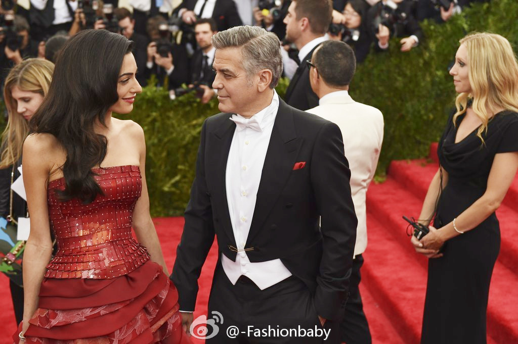 George Clooney at the Met Gala 4th May 2015 - Page 2 69402d88jw1ert5kfpz3ij20sg0ixn1e