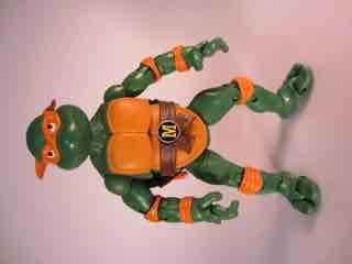 Teenage Mutant Ninja Turtles - Page 2 0525-tmnt-classics-mike16-tn