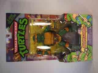 Teenage Mutant Ninja Turtles - Page 2 0525-tmnt-classics-mike5-tn