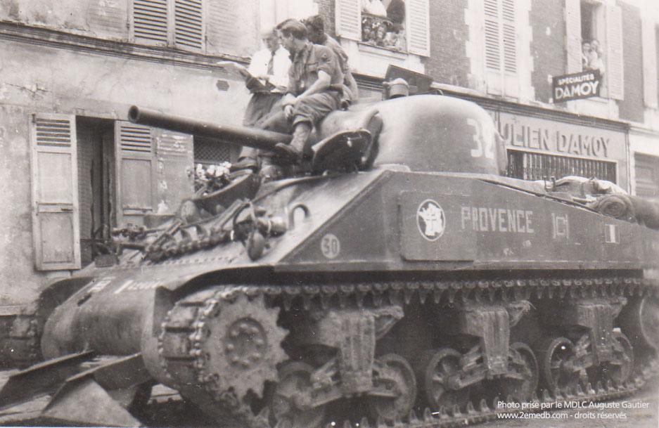Auguste GAUTIER - 12 RCA 2ème escadron - char 32 PROVENCE Jour-liberation-28aout1944