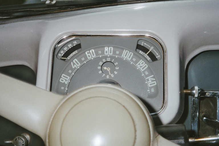 montre de bord montée dans les traction avant 15compteur